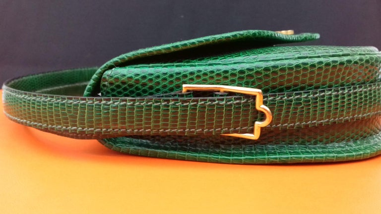 Exceptional Hermès Lift Bag 4 ways Emerald Green Lizard H Buckle Ghw Rare For Sale 8