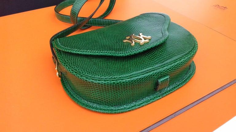 Women's Exceptional Hermès Lift Bag 4 ways Emerald Green Lizard H Buckle Ghw Rare For Sale