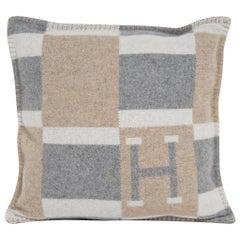 Hermes Bayadere Avalon Naturel Pillow New/ Sleeper