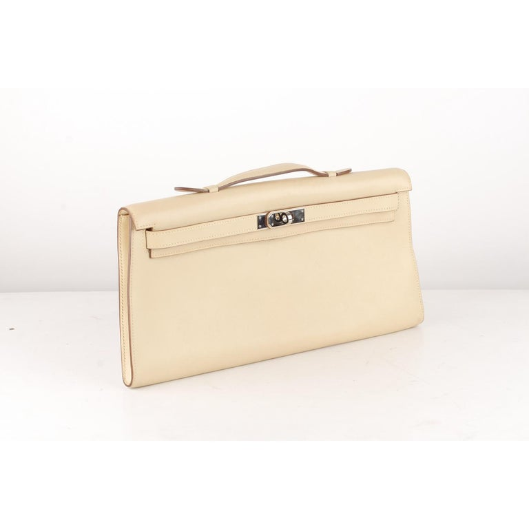 Hermes Beige Leather Kelly Cut Clutch Bag Pochette In Excellent Condition For Sale In Rome, Rome