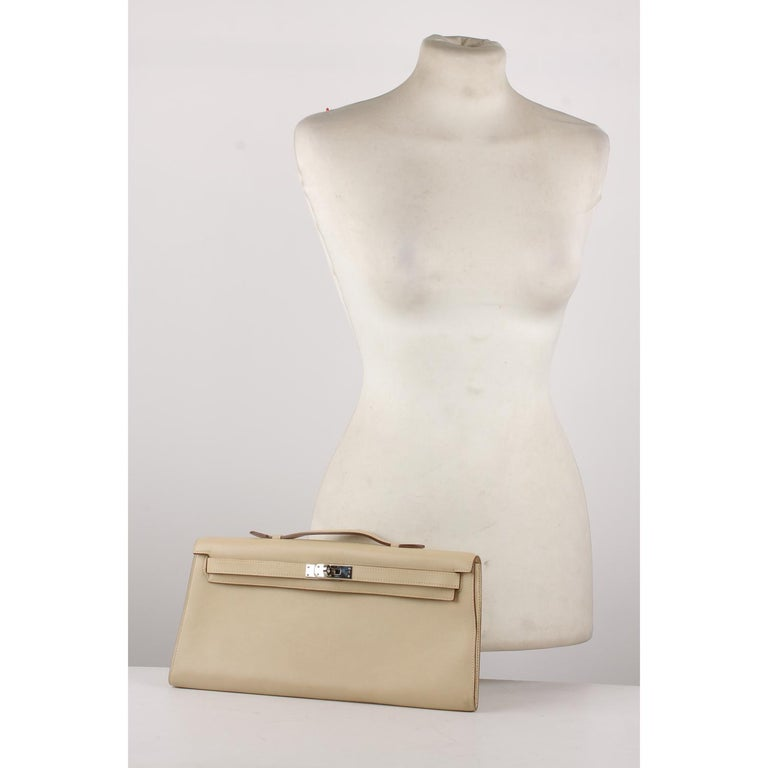 Hermes Beige Leather Kelly Cut Clutch Bag Pochette For Sale 4