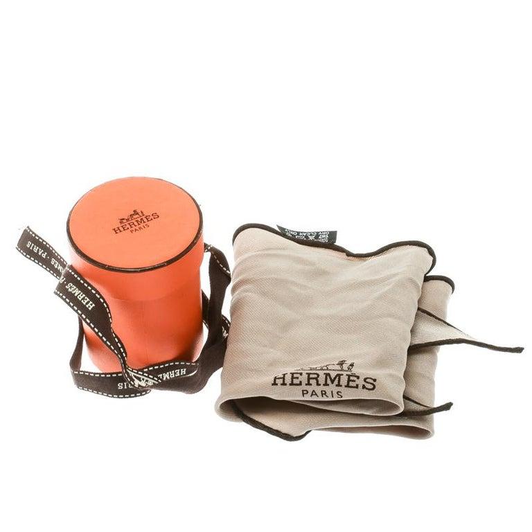 Hermes Beige Silk Contrast Edged Logo Print Mini Losange Scarf For Sale 2