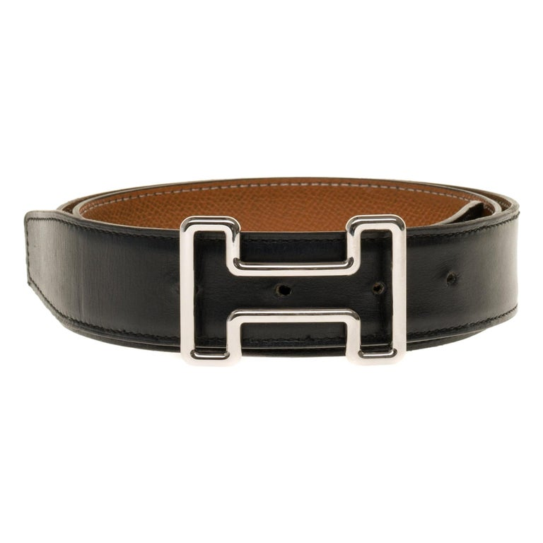 Hermès belt 37mm reverse in black and gold courchevel , Tonight buckle in silver For Sale