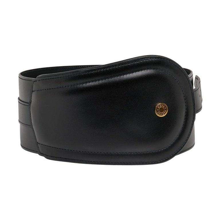 Guaranteed authentic Hermes Black Clou de Selle high waist belt in Box leather. This rare limited edition Hermes belt has beautiful shaping to accentuate your waist. Exquisite Box leather with gold buckle and a Signature Clou de Selle.  Signature