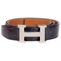 Hermès belt for men in blue Crocodile Porosus and Guilloché silvery buckle, 85cm