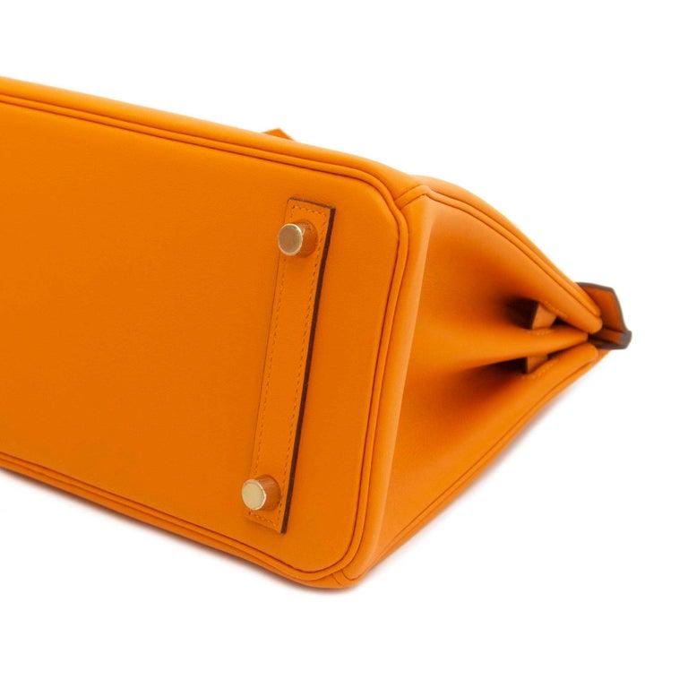 3622f315f721 Hermès Birkin 25 Apricot Swift GHW In New Condition For Sale In Antwerp