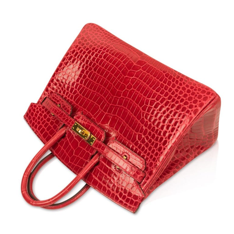 Hermes Birkin 25 Bag Braise Porosus Crocodile Gold Hardware Lipstick Red  For Sale 1