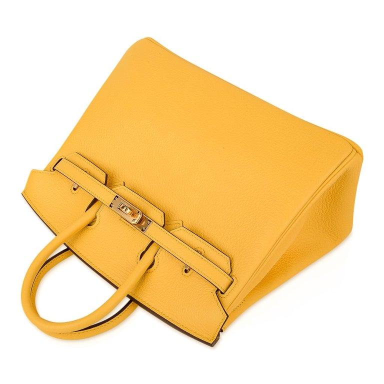 Hermes Birkin 25 Bag Jaune de Naples Novillo Gold Hardware For Sale 2