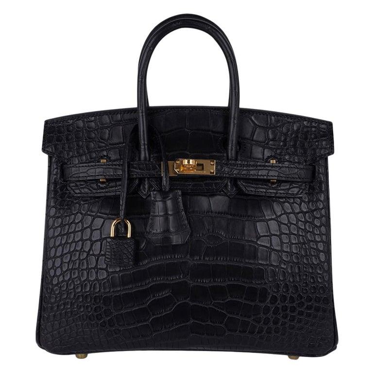 Hermes Birkin 25 Bag Matte Black Alligator Gold Hardware For Sale