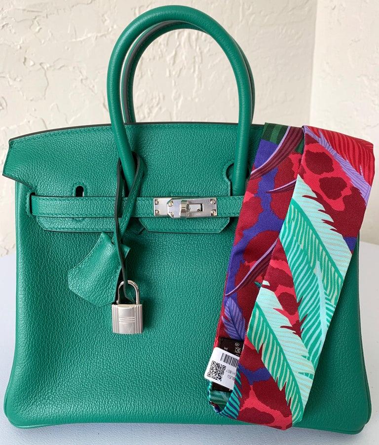 Hermes Birkin 25 Bag Vert Vertigo Green Verso Blue Interior In New Condition In Delray Beach, FL