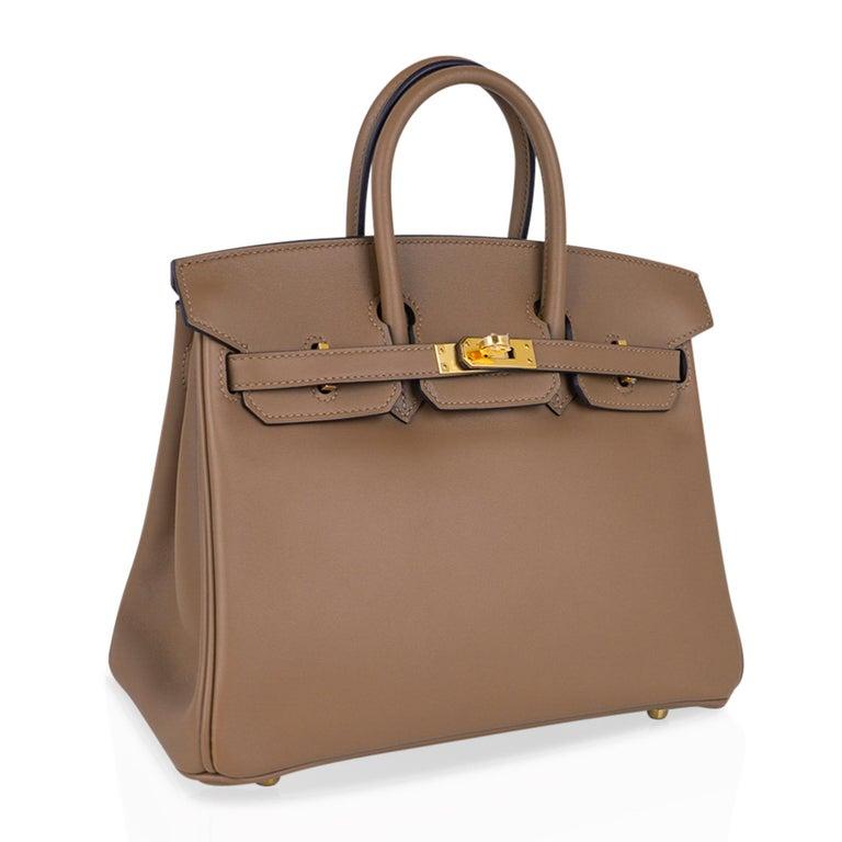 Women's Hermes Birkin 25 Beige De Weimar Veau Jonathan Leather Gold Hardware For Sale