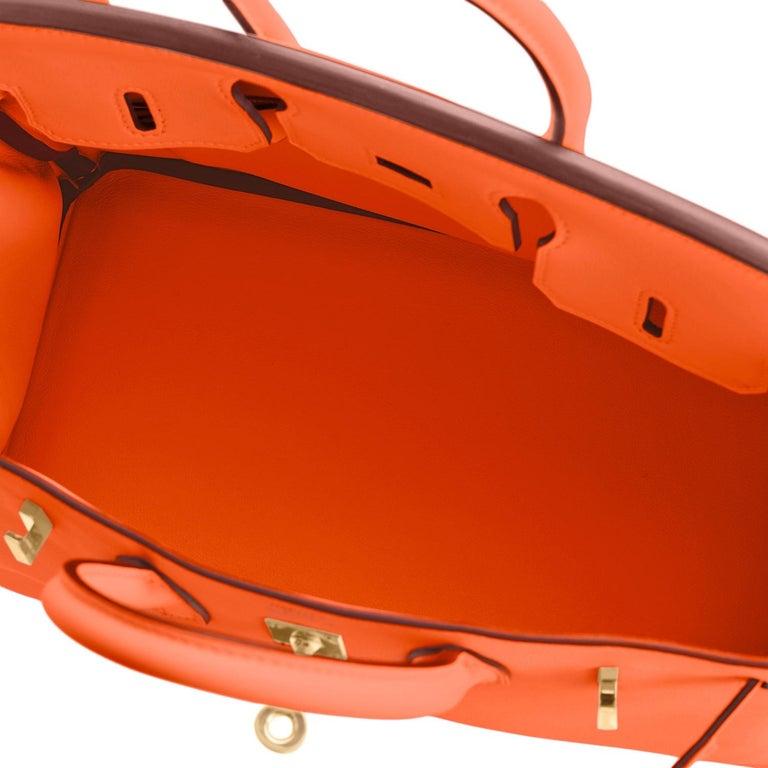 Hermes Birkin 25 Classic Hermes Orange Gold Hardware Bag RARE NEW  For Sale 5