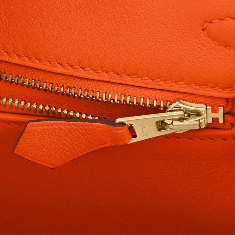 Hermes Birkin 25 Classic Hermes Orange Gold Hardware Bag RARE NEW  For Sale 6