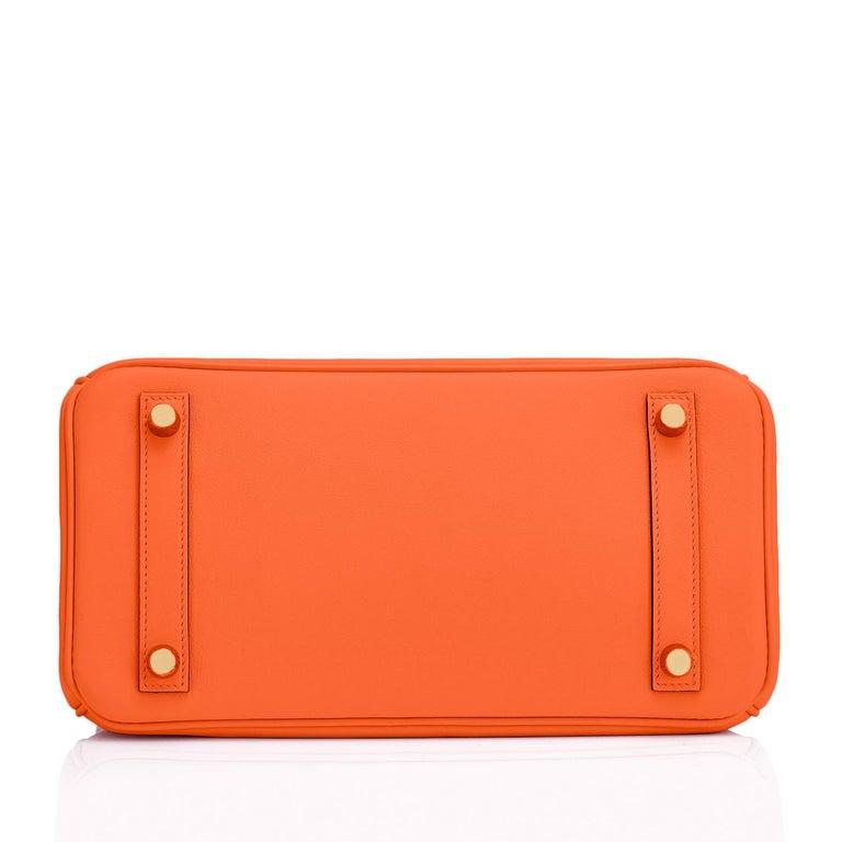Hermes Birkin 25 Classic Hermes Orange Gold Hardware Bag RARE NEW  For Sale 4