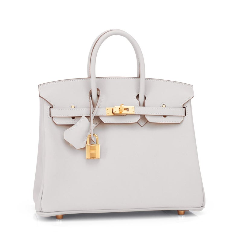 Hermes Birkin 25 Gris Perle Pearl Gray Bag Gold Hardware Y Stamp, 2020 Brand New in Box. Store Fresh. Pristine Condition (with plastic on hardware)  Perfect gift! Comes full set with keys, lock, clochette, a sleeper for the bag, rain protector, and