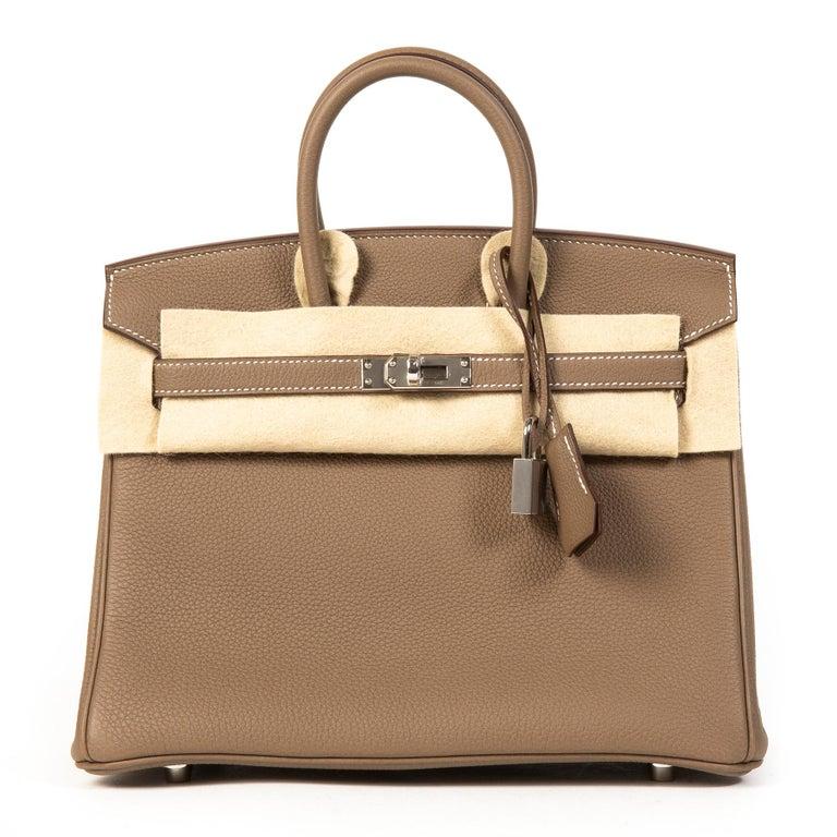 Hermès Birkin 25 Togo Etoupe PHW  In New Condition In Antwerp, BE