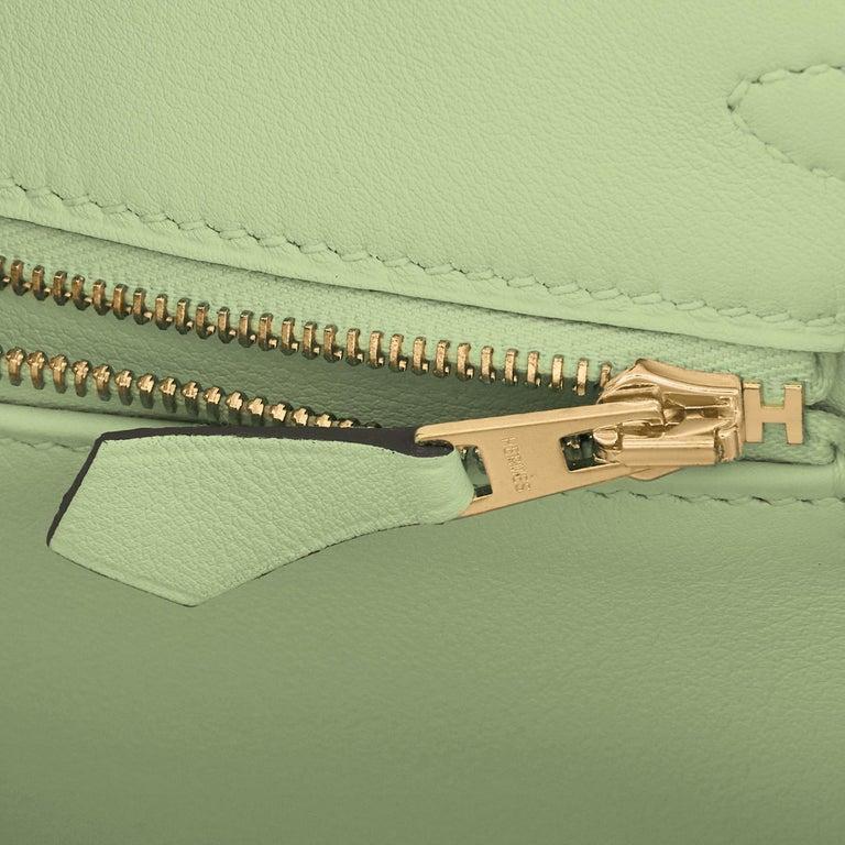Hermes Birkin 25 Vert Criquet Chic Green Bag Gold Hardware Y Stamp, 2020 For Sale 7