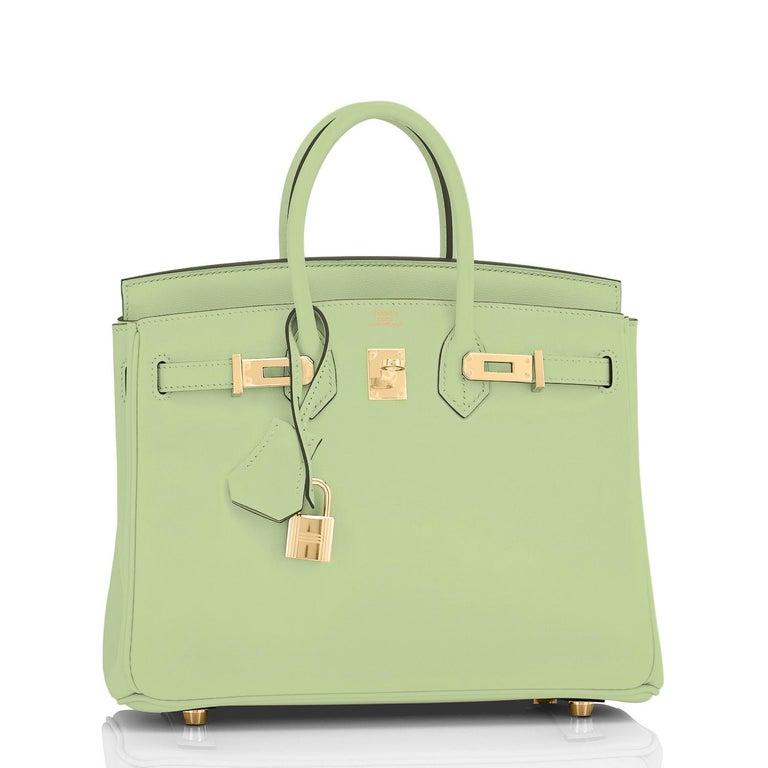 Hermes Birkin 25 Vert Criquet Chic Green Bag Gold Hardware Y Stamp, 2020 For Sale 2