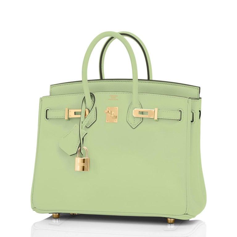 Hermes Birkin 25 Vert Criquet Chic Green Bag Gold Hardware Y Stamp, 2020 For Sale 4