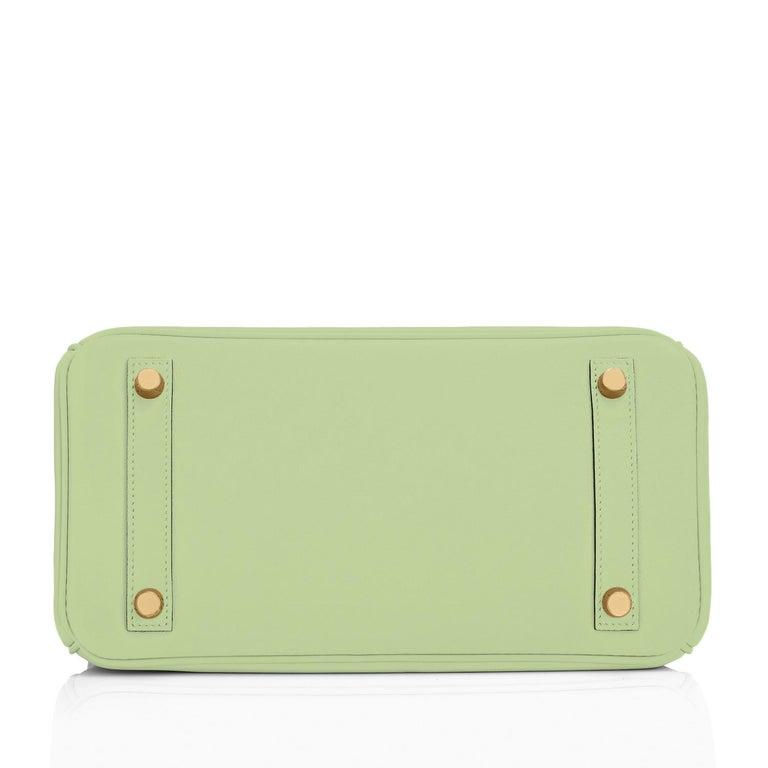 Hermes Birkin 25 Vert Criquet Chic Green Bag Gold Hardware Y Stamp, 2020 For Sale 5