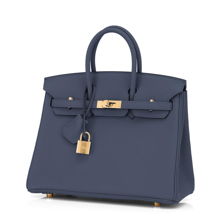Hermes Birkin 25cm Blue Nuit Jewel-Toned Navy Gold Hardware Bag Y Stamp, 2020 In New Condition For Sale In New York, NY