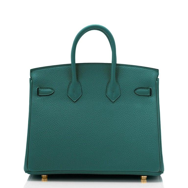 Women's Hermes Birkin 25cm Malachite Jewel Tone Green Gold Hardware Bag Y Stamp, 2020 For Sale