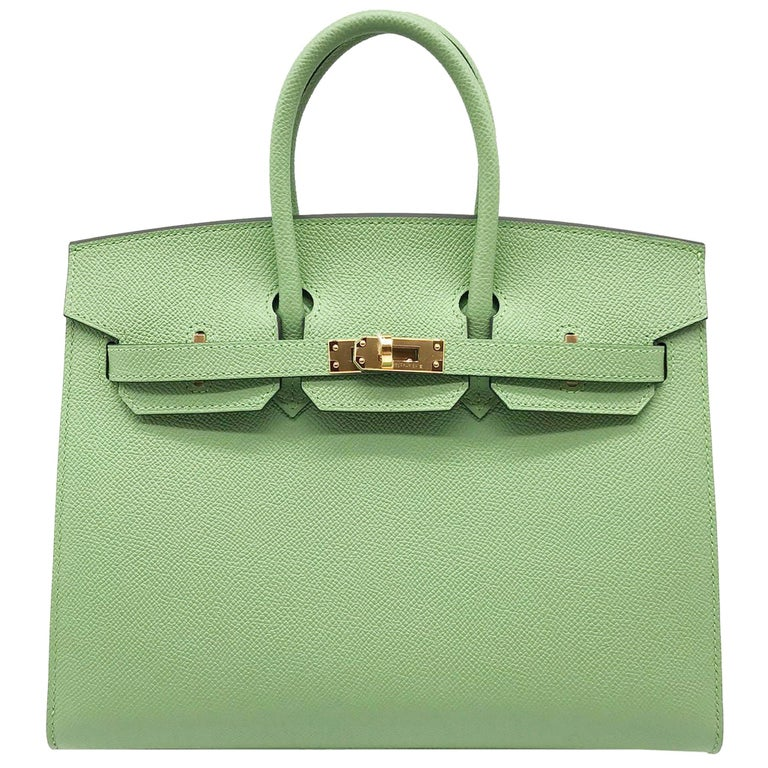 Hermès Birkin 25cm Sellier Vert Criquet Epsom Leather Gold Hardware For Sale