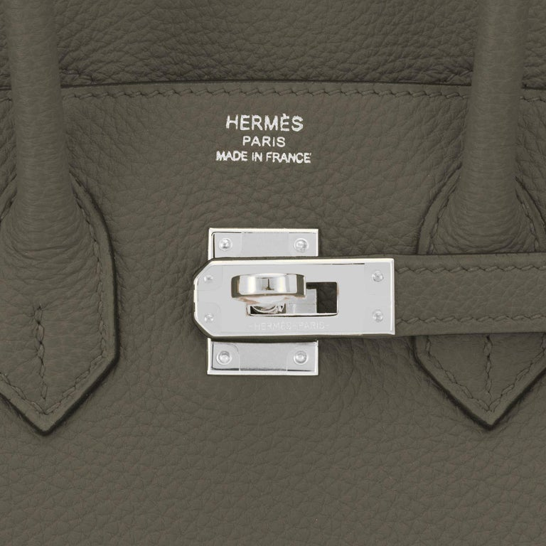 Hermes Birkin 25cm Vert Maquis Military Green Togo Palladium Bag Y Stamp, 2020  For Sale 6