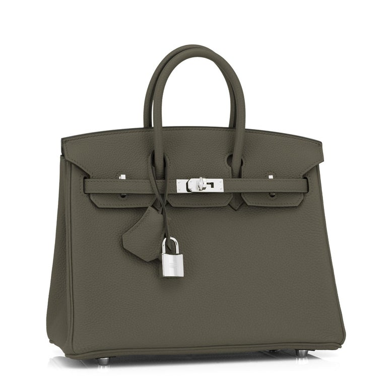 Hermes Vert Maquis Birkin 25cm Togo Palladium Hardware Y Stamp, 2020 Uber chic and sleek Baby Birkin for the modern fashionista! Brand New in Box. Store Fresh. Pristine Condition (with plastic on hardware) Just purchased from Hermes store; bag bears