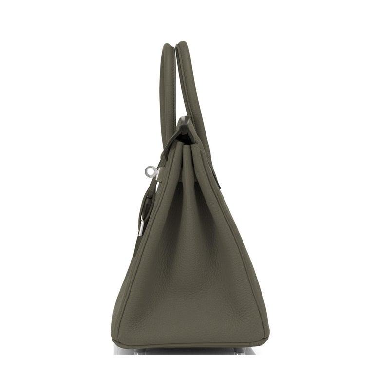Hermes Birkin 25cm Vert Maquis Military Green Togo Palladium Bag Y Stamp, 2020  For Sale 2