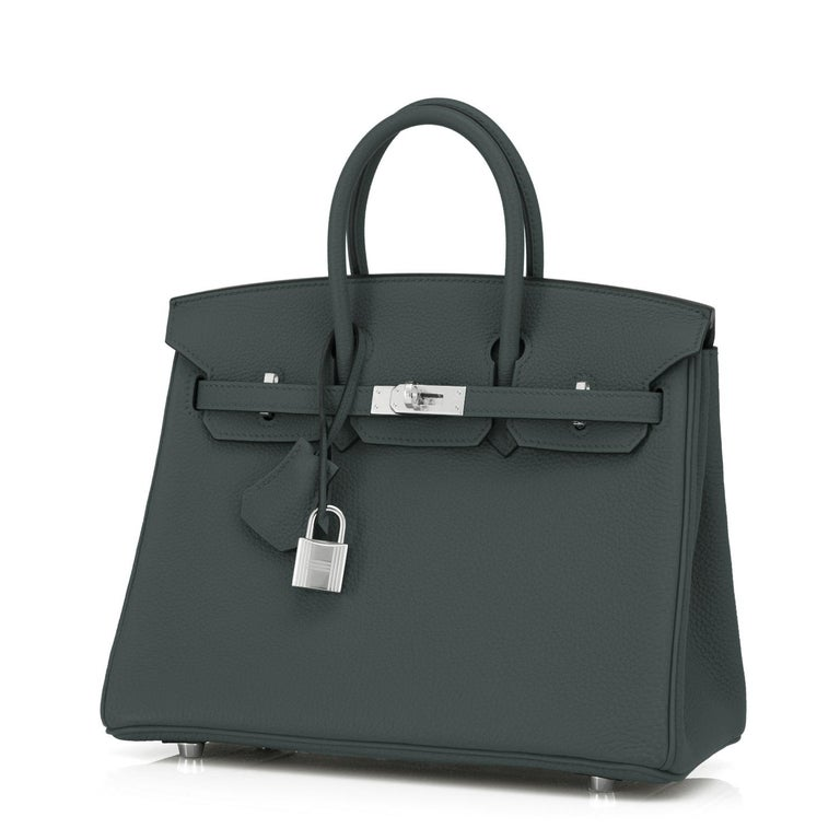 Hermes Birkin 25cm Vert Rousseau Togo Palladium Bag Deep Green Y Stamp, 2020 In New Condition For Sale In New York, NY