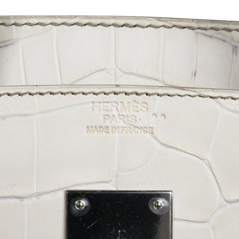 Hermes Birkin 30 Bag Exquisite Blanc Himalaya Palladium Hardware In New Condition For Sale In Miami, FL