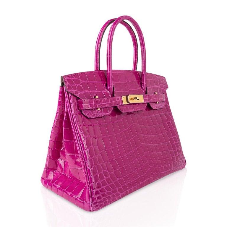 Women's Hermes Birkin 30 Bag Rose Scheherazade Pink Crocodile Gold Hardware For Sale