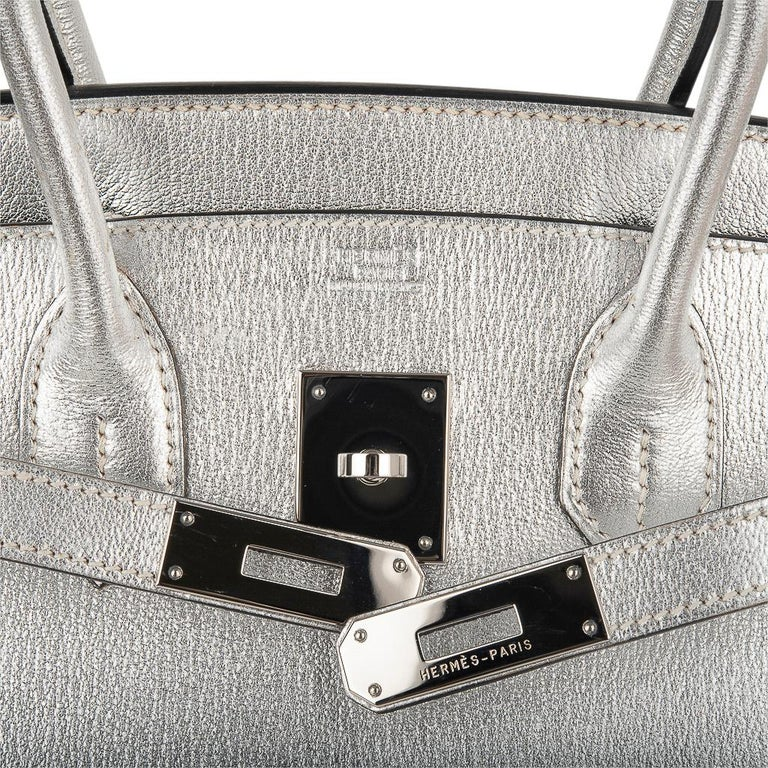Women's Hermes Birkin 30 Bag Silver Metallic Chevre Palladium Hardware Limited Edition For Sale