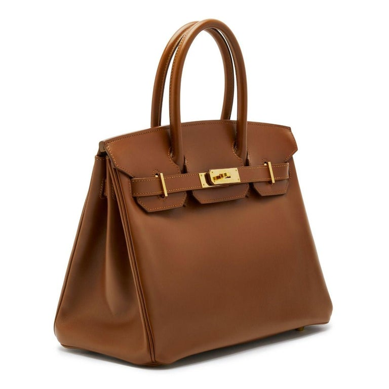 In 1984, Hermès CEO Juan-Louis Dumas boarded a flight and sat beside Jane Birkin. As she stowed away her straw handbag, the contents fell to the floor. As Birkin gathered her belongings she explained to Dumas that she had not been able to find a