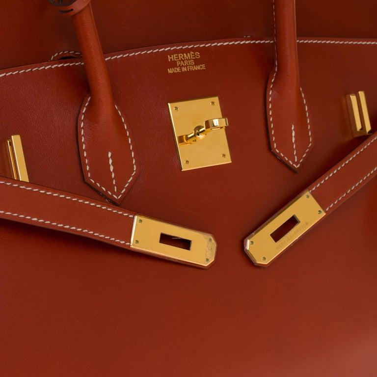 Women's RARE Hermès Birkin 30 handbag in brick box calf leather and gold hardware For Sale