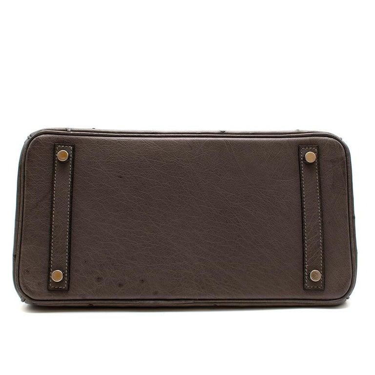 Women's or Men's Hermès Birkin 30 in Etain Ostrich Leather PHW For Sale