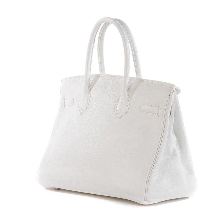 Hermes Birkin 30 in white Togo leather, Palladium Hardware, excellent condition! In Good Condition For Sale In Paris, Paris
