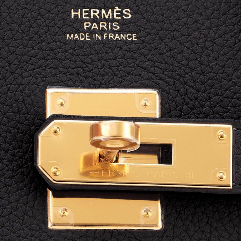 Hermes Birkin 30cm Black Togo Gold Hardware Bag Y Stamp, 2020 For Sale 8