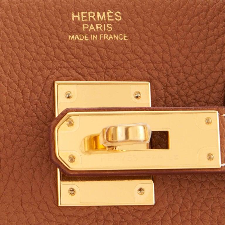 Hermes Birkin 30cm Gold Camel Tan Togo Gold Hardware Bag Y Stamp, 2020 For Sale 5