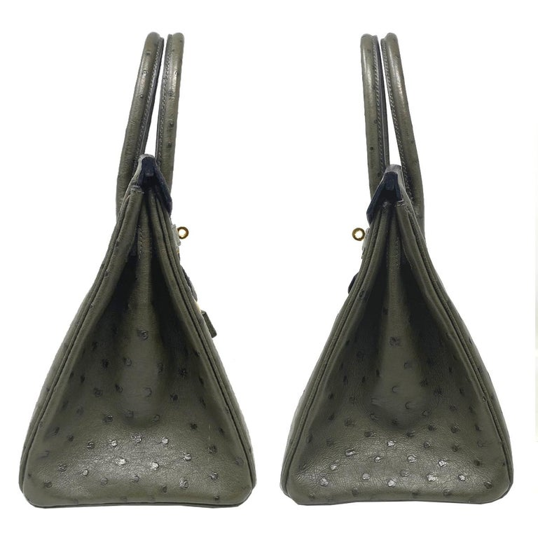 Hermes Birkin 30cm Ostrich Leather Exotic Vert Olive Gold Tone Hardware Handbag  In Excellent Condition For Sale In Boca Raton, FL