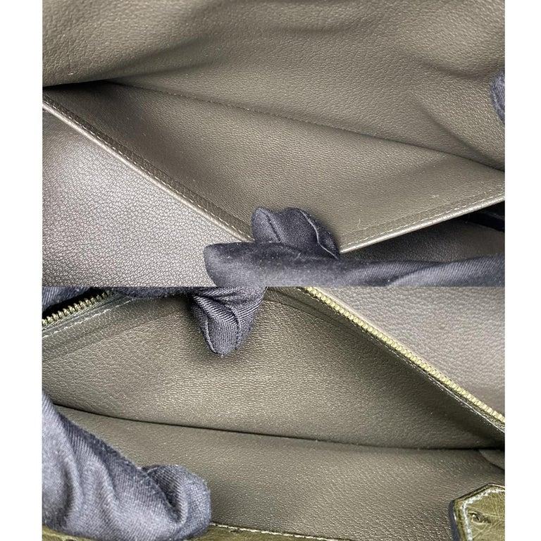 Hermes Birkin 30cm Ostrich Leather Exotic Vert Olive Gold Tone Hardware Handbag  For Sale 3