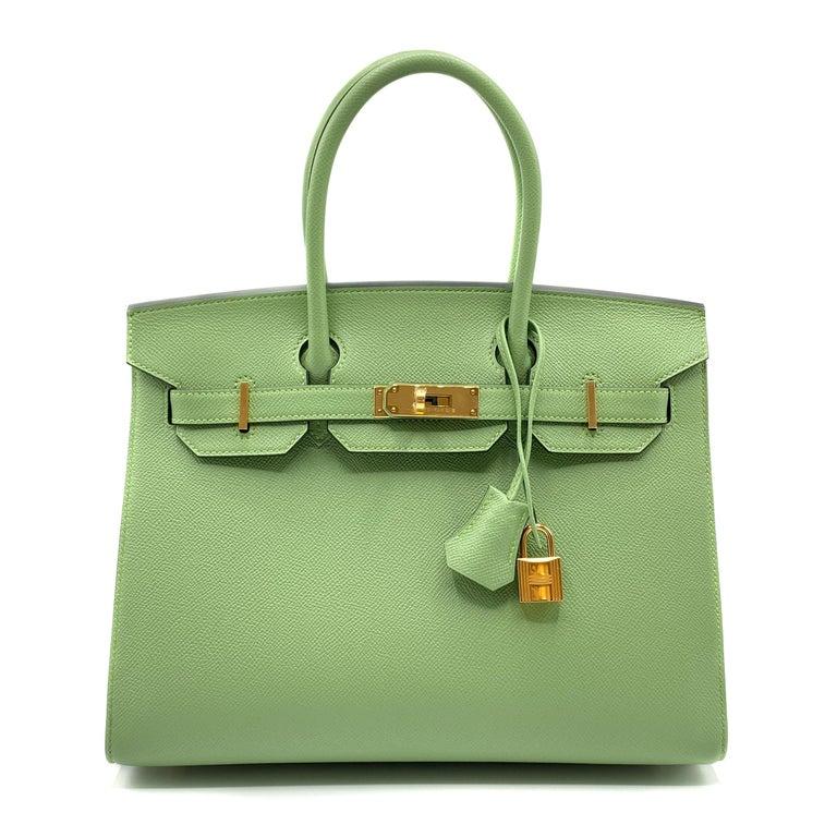 Hermès Birkin 30cm Sellier Vert Criquet Epsom Leather Gold Hardware In New Condition For Sale In Jakarta, IN