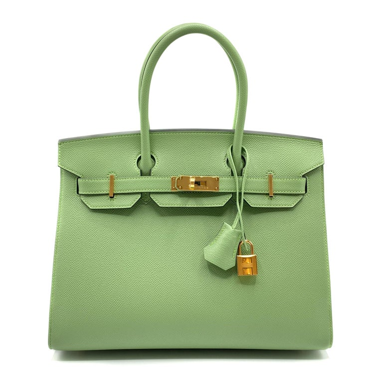 Hermès Birkin 30cm Sellier Vert Criquet Epsom Leather Gold Hardware In New Condition For Sale In Sydney, New South Wales