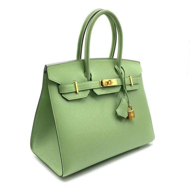 Women's or Men's Hermès Birkin 30cm Sellier Vert Criquet Epsom Leather Gold Hardware For Sale