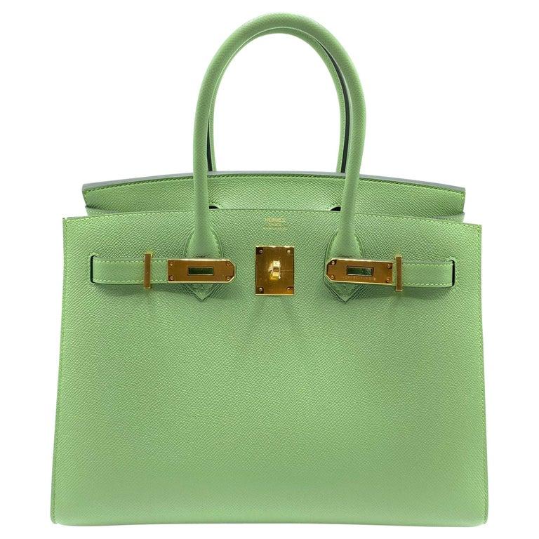 Hermès Birkin 30cm Sellier Vert Criquet Epsom Leather Gold Hardware For Sale