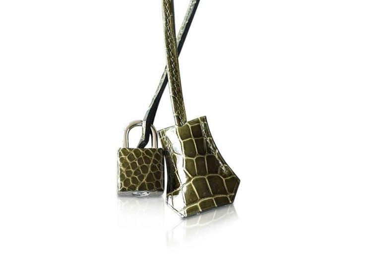 Women's Hermes Birkin 35 Bag Vert Veronese Porosus Crocodile Palladium Army Green For Sale