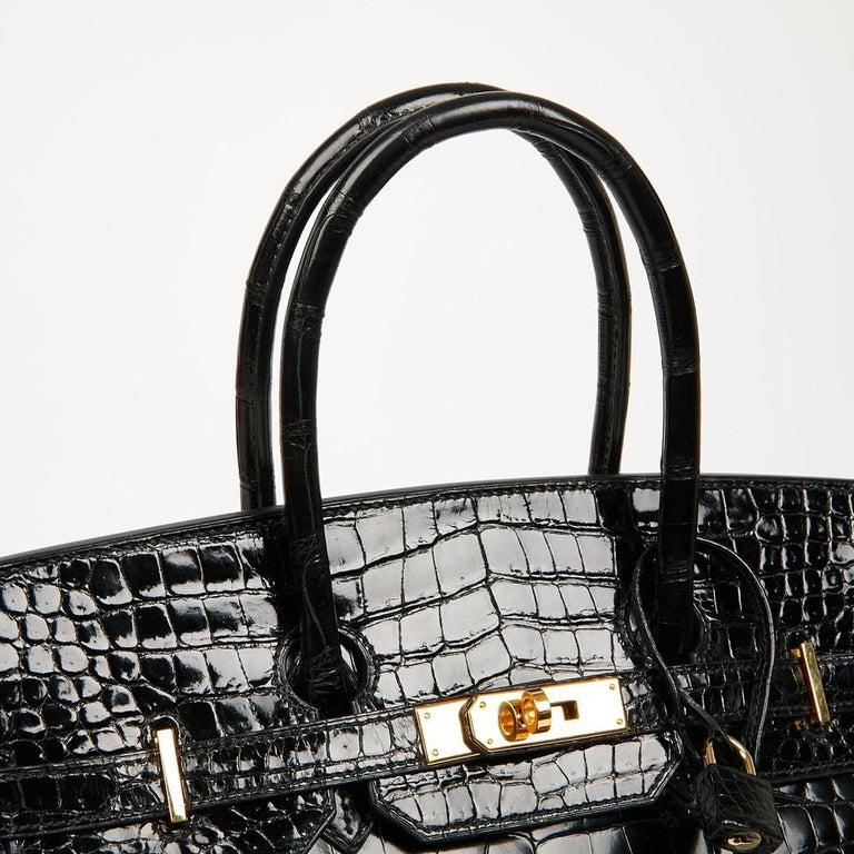 Hermes Birkin 35 Black Crocodile Bag And Golden Jewelry For Sale 6