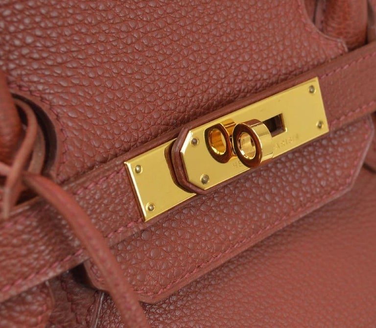 Hermes Birkin 35 Brick Red Leather Gold Men's Women's Top Handle Tote Bag in Box In Good Condition In Chicago, IL