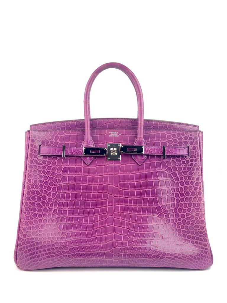 Hermes Birkin 35 Crocodile Cyclamen Purple Pink Palladium Hardware In Excellent Condition For Sale In Miami, FL